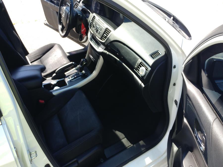 Used Honda Accord Sedan 4dr I4 CVT Sport 2014 | Matts Auto Mall LLC. Chicopee, Massachusetts