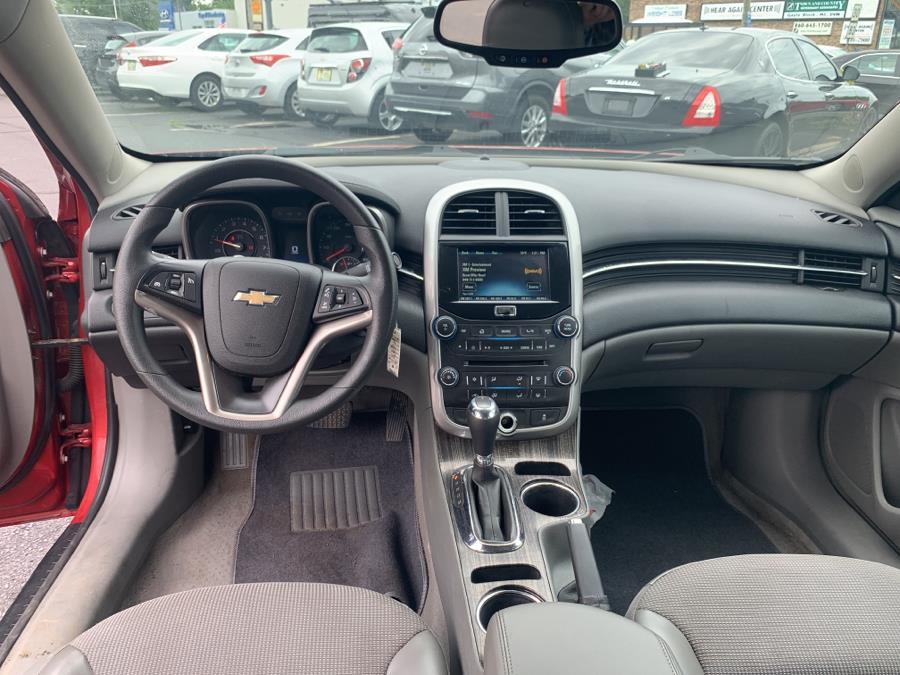 Used Chevrolet Malibu 4dr Sdn LT w/1LT 2014 | Diamond Auto Cars LLC. Vernon, Connecticut