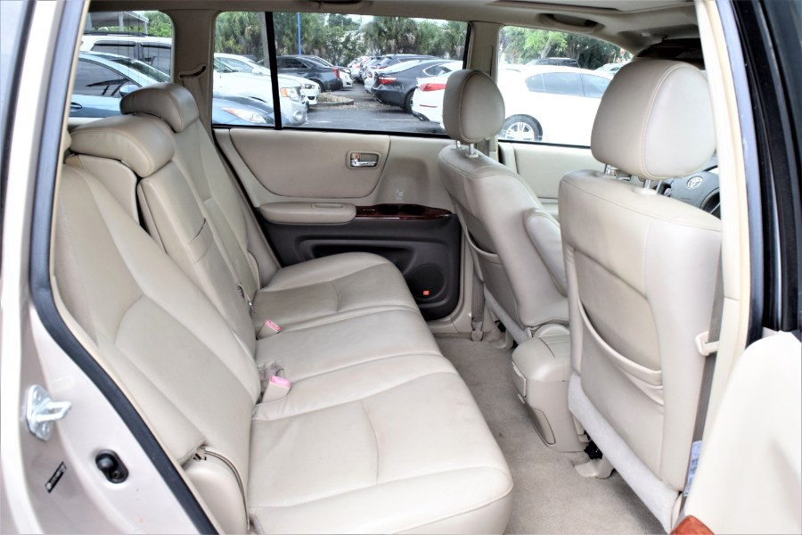 Used Toyota Highlander 4dr V6 Limited (Natl) 2005 | Rahib Motors. Winter Park, Florida