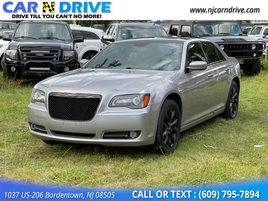 Used Chrysler 300 S V6 AWD 2014 | Car N Drive. Bordentown, New Jersey
