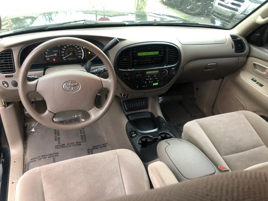 Used Toyota Sequoia 4dr SR5 4WD (SE) 2006 | Route 46 Auto Sales Inc. Lodi, New Jersey