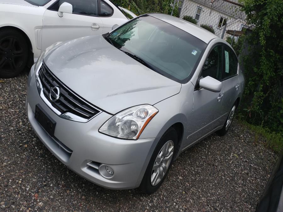 Used 2012 Nissan Altima in Chicopee, Massachusetts | Matts Auto Mall LLC. Chicopee, Massachusetts