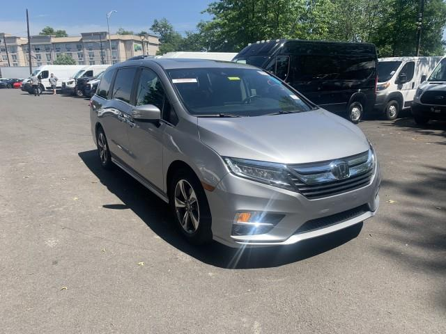 Used Honda Odyssey Touring w/ Navi, RES & rearCam 2018   Car Revolution. Maple Shade, New Jersey