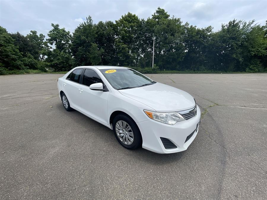 Used 2012 Toyota Camry in Stratford, Connecticut | Wiz Leasing Inc. Stratford, Connecticut