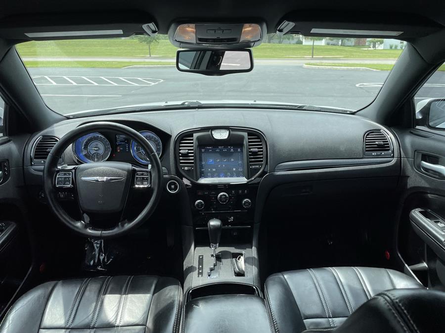 Used Chrysler 300 4dr Sdn 300S RWD 2014 | Josh's All Under Ten LLC. Elida, Ohio