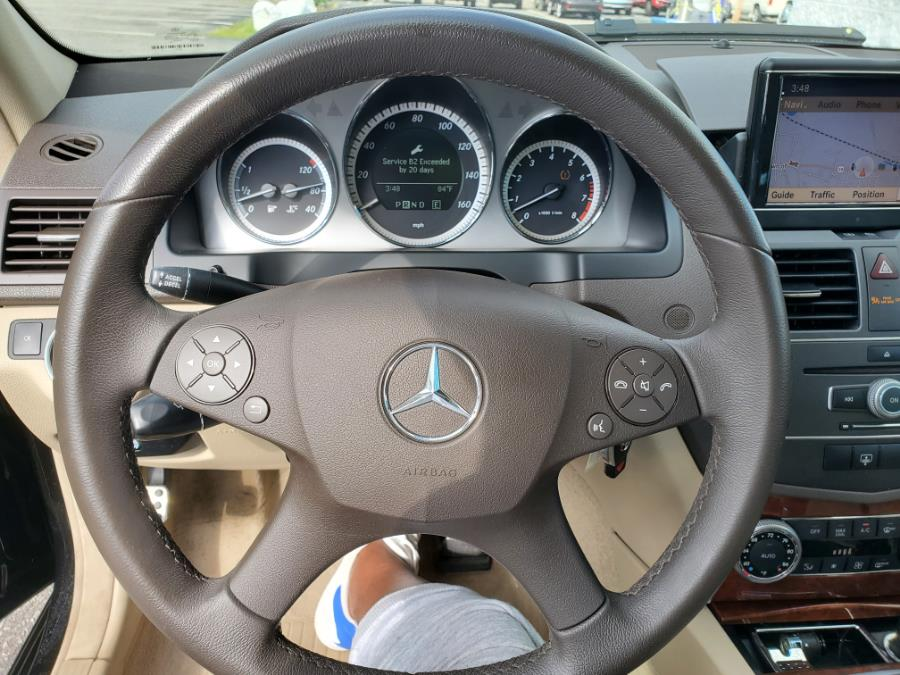 Used Mercedes-Benz C-Class 4dr Sdn C300 Luxury 4MATIC 2011   Capital Lease and Finance. Brockton, Massachusetts