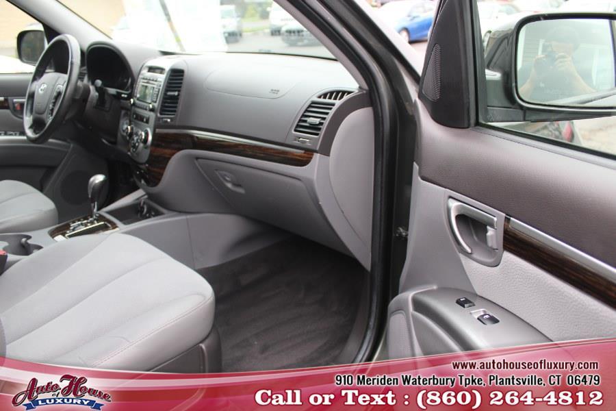 Used Hyundai Santa Fe AWD 4dr V6 SE 2012 | Auto House of Luxury. Plantsville, Connecticut