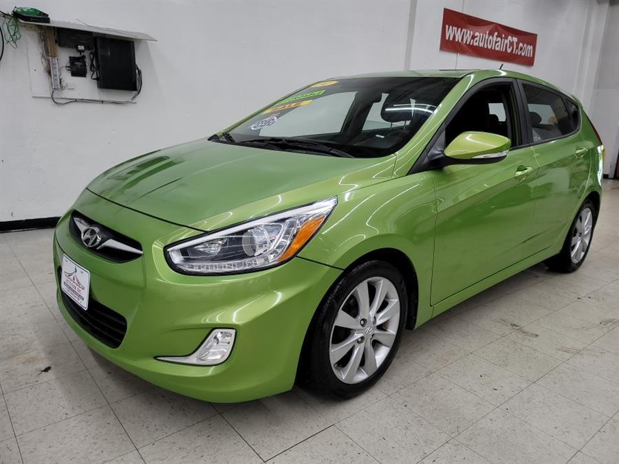2014 Hyundai Accent 5dr HB Man SE, available for sale in West Haven, CT