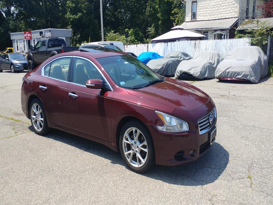 Used Nissan Maxima 4dr Sdn 3.5 SV w/Premium Pkg 2013 | Matts Auto Mall LLC. Chicopee, Massachusetts