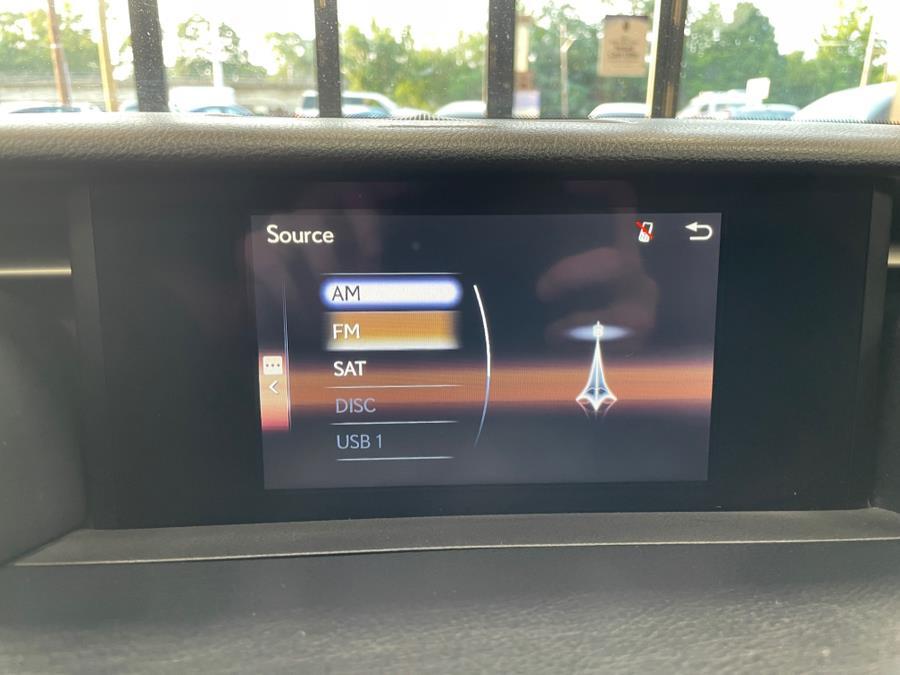 Used Lexus IS 300 4dr Sdn AWD 2016   POWER MOTORS EAST. Massapequa Park, New York