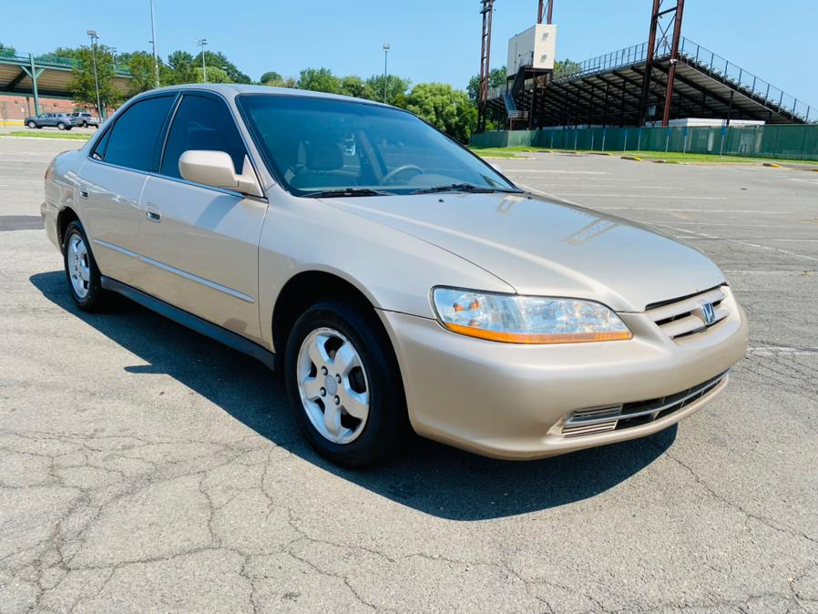 Used Honda Accord Sdn LX Manual ULEV w/Side Airbags 2001   Supreme Automotive. New Britain, Connecticut