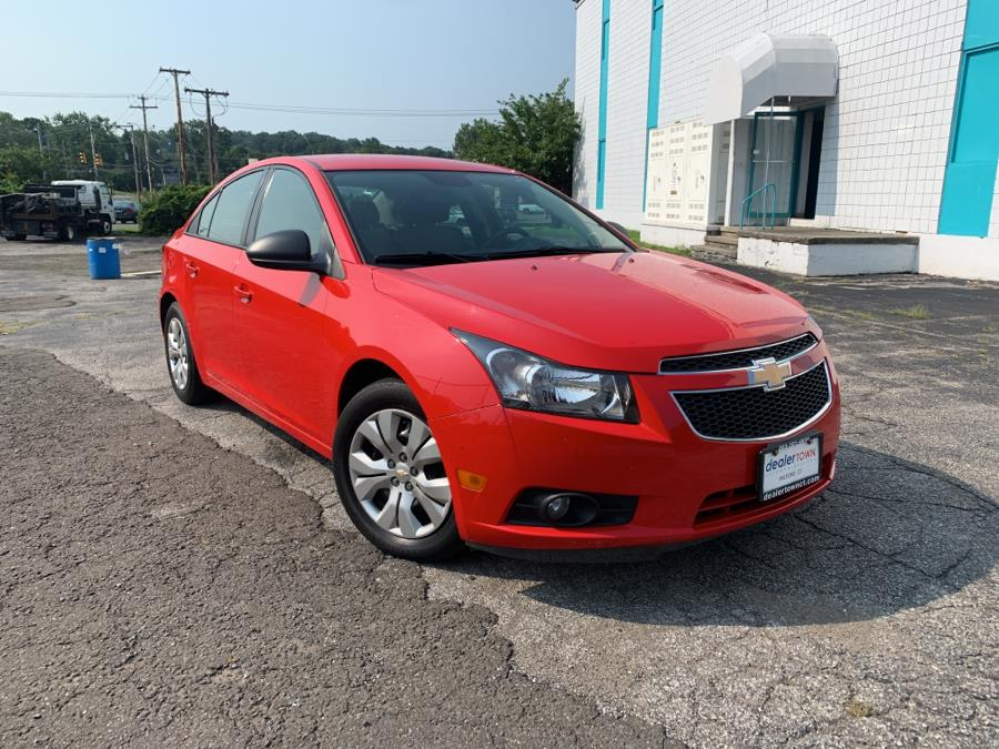 Used Chevrolet Cruze 4dr Sdn Auto LS 2014   Dealertown Auto Wholesalers. Milford, Connecticut