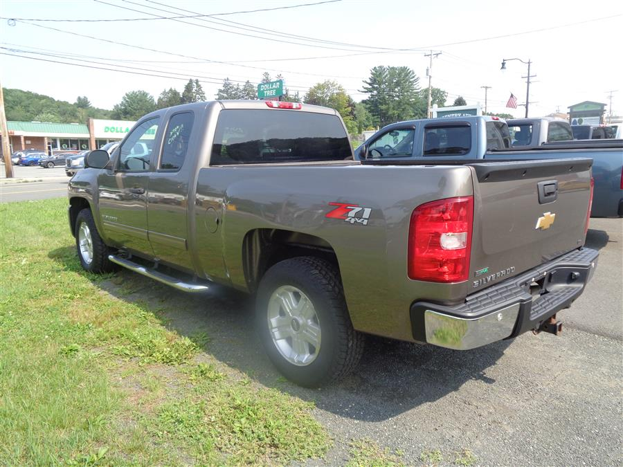 """Used Chevrolet Silverado 1500 4WD Ext Cab 143.5"""" LT 2012   Country Auto Sales. Southwick, Massachusetts"""