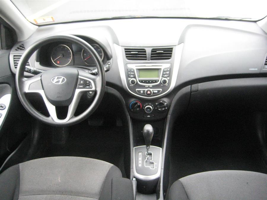 Used Hyundai Accent GS 4dr Hatchback 2012 | Rite Choice Auto Inc.. Massapequa, New York