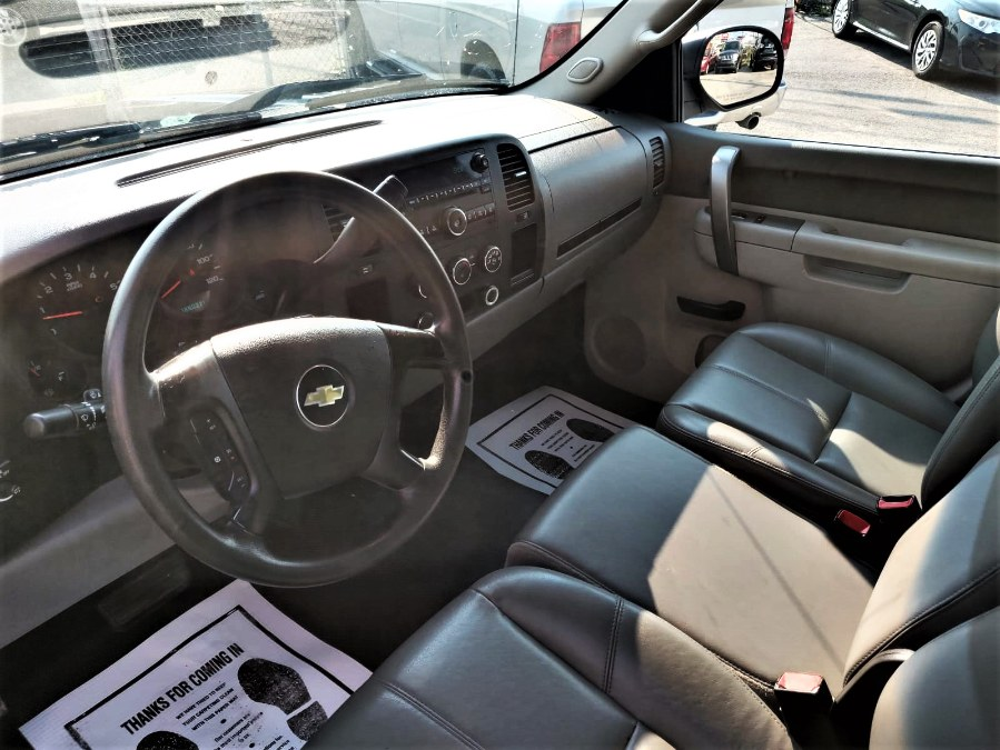 """Used Chevrolet Silverado 1500 2WD Reg Cab 119.0"""" Work Truck 2012 