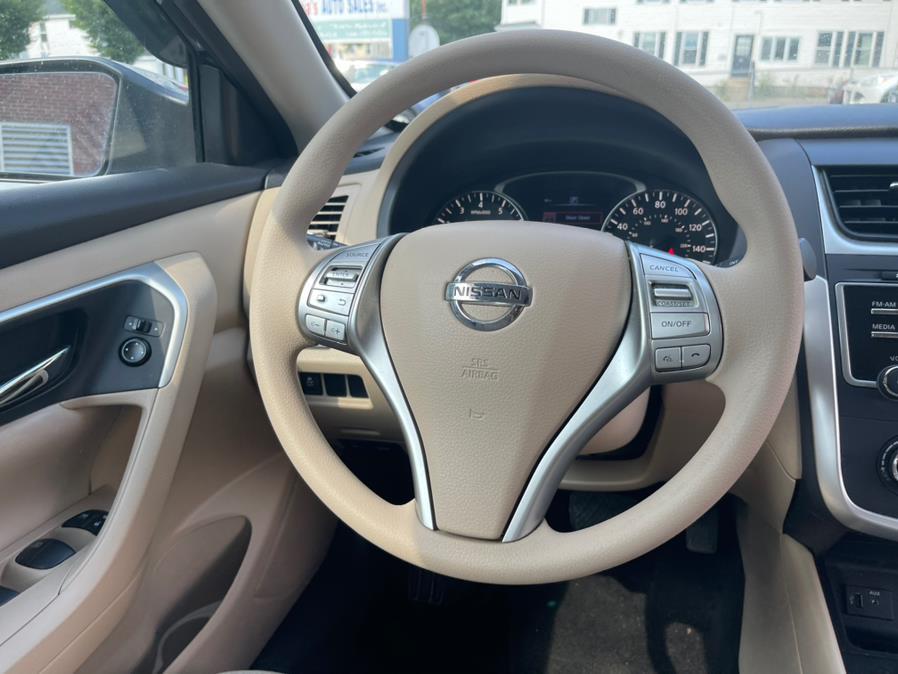 Used Nissan Altima 4dr Sdn I4 2.5 S 2016   Sophia's Auto Sales Inc. Worcester, Massachusetts