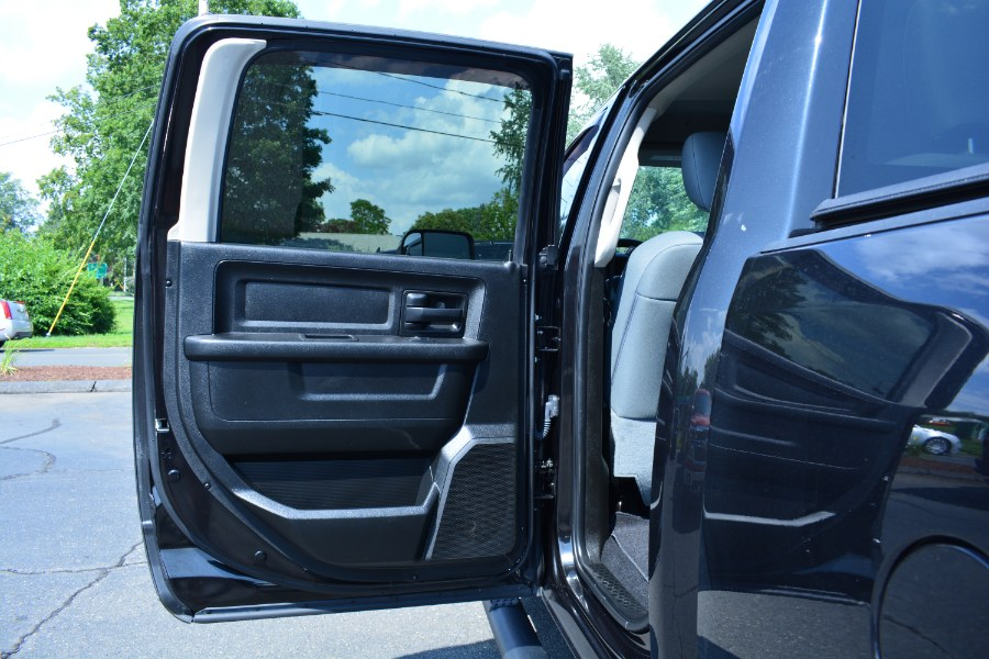 "Used Ram 2500 Tradesman 4x2 Crew Cab 6''4"" Box 2018 | Longmeadow Motor Cars. ENFIELD, Connecticut"
