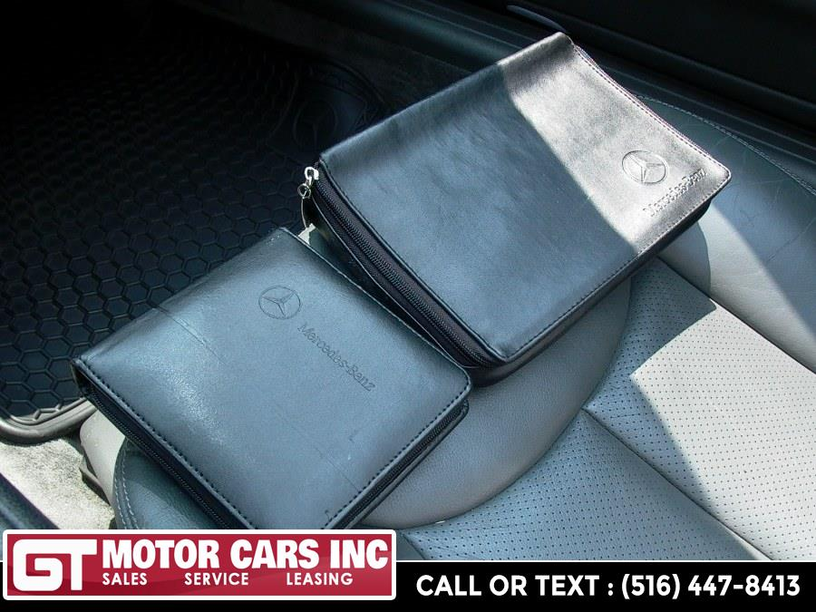 2004 Mercedes-Benz SL-Class 2dr Roadster 5.0L, available for sale in Bellmore, NY