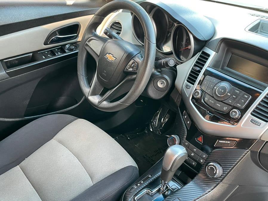 Used Chevrolet Cruze 4dr Sdn Auto LS 2014   Green Light Auto. Corona, California