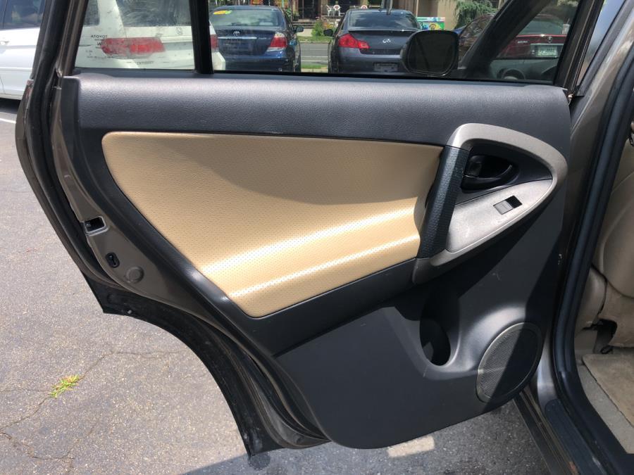 Used Toyota RAV4 4WD 4dr V6 5-Spd AT Ltd (Natl) 2009 | Mecca Auto LLC. Hartford, Connecticut