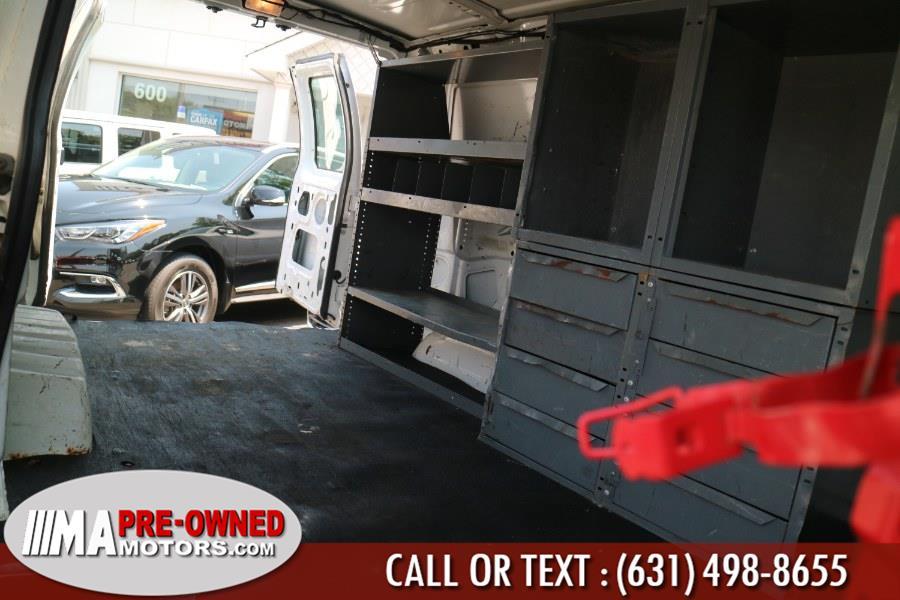Used Ford Econoline 250 cargo van E-250 2006   M & A Motors. Huntington, New York