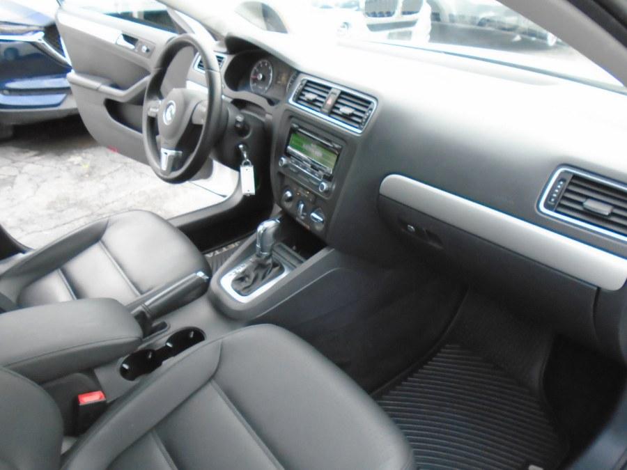 Used Volkswagen Jetta Sedan SE 2013 | Jim Juliani Motors. Waterbury, Connecticut