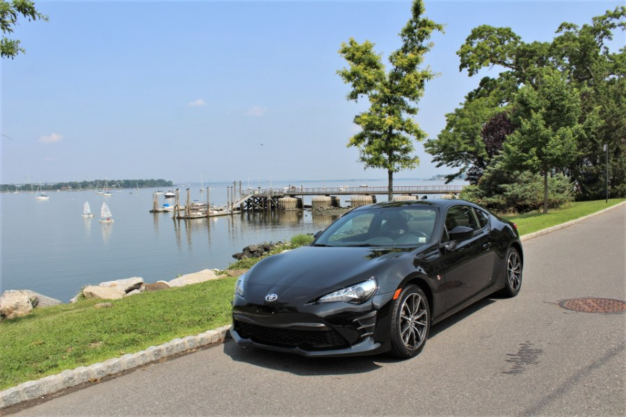 2017 Toyota 86 Auto, available for sale in Great Neck, NY