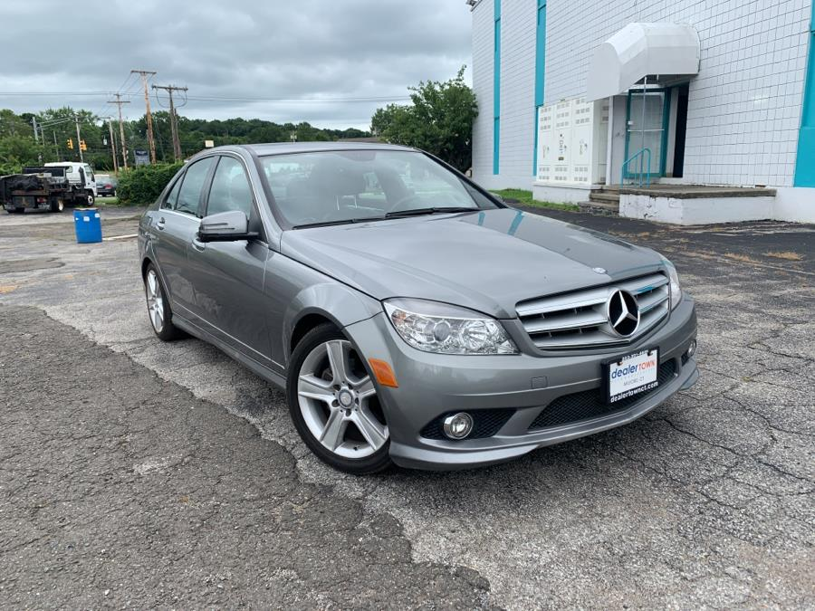 Used Mercedes-Benz C-Class 4dr Sdn C 300 Sport RWD 2010   Dealertown Auto Wholesalers. Milford, Connecticut