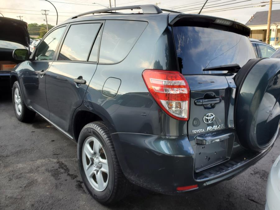 Used Toyota RAV4 FWD 4dr 4-cyl 4-Spd AT 2009   Capital Lease and Finance. Brockton, Massachusetts