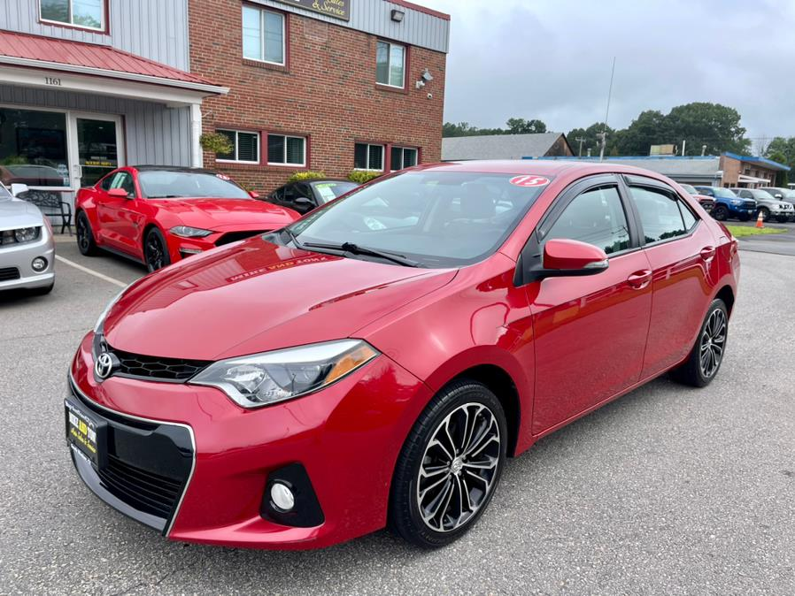 Used Toyota Corolla 4dr Sdn Man S Plus (Natl) 2015 | Mike And Tony Auto Sales, Inc. South Windsor, Connecticut