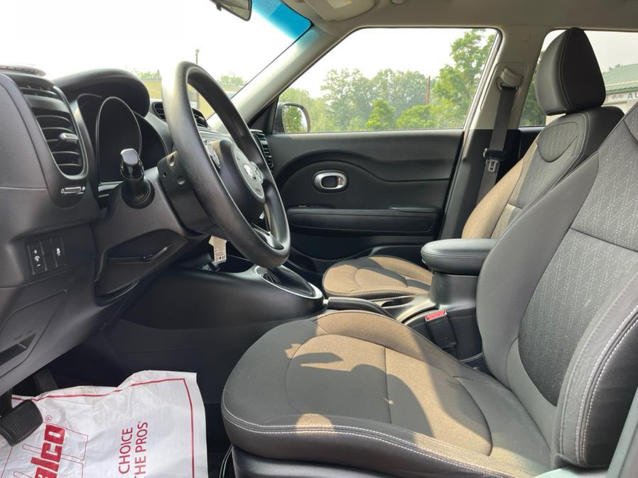 Used Kia Soul 5dr Wgn Auto Base 2016 | Merrimack Autosport. Merrimack, New Hampshire