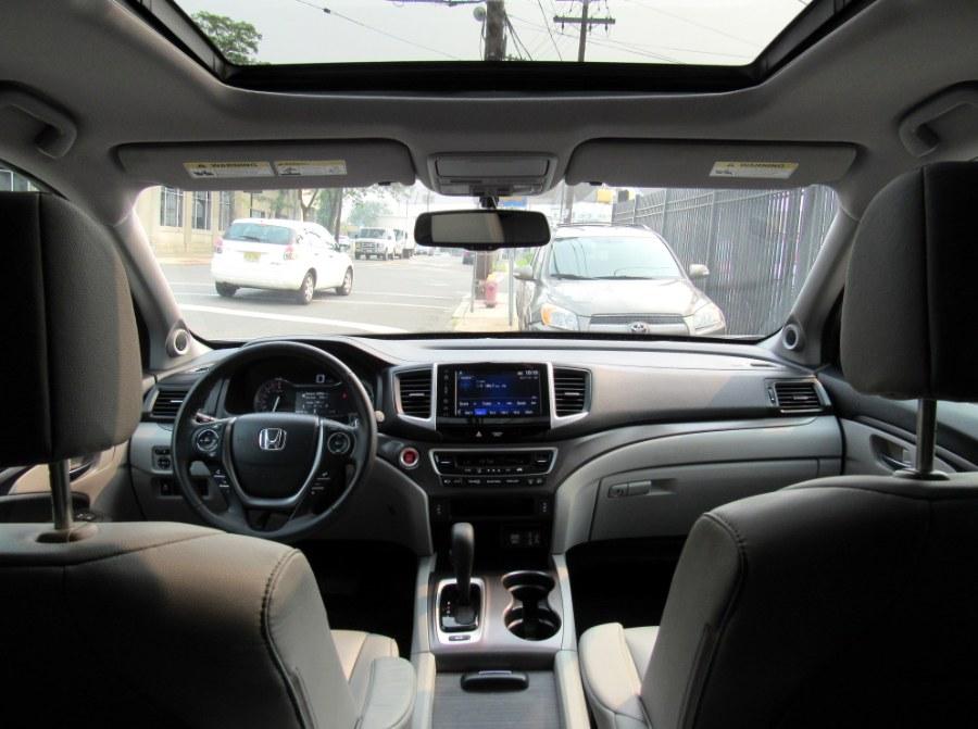 Used Honda Pilot EX-L AWD 2017 | MFG Prestige Auto Group. Paterson, New Jersey