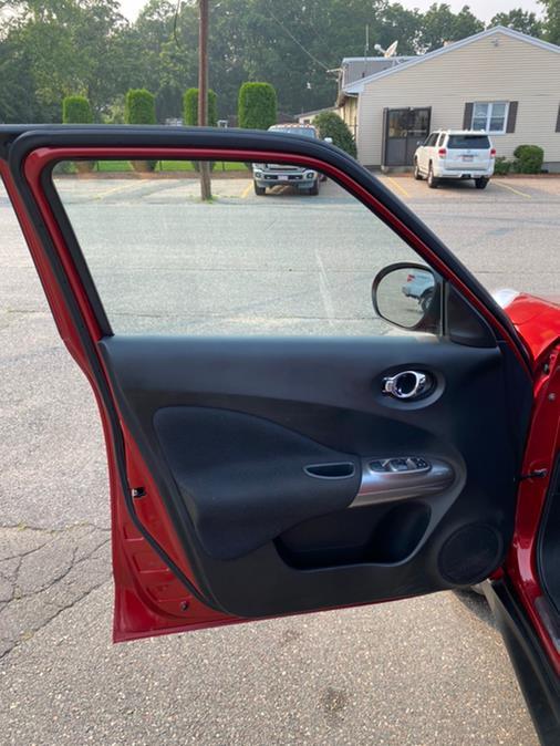 Used Nissan JUKE 5dr Wgn CVT SV AWD 2012 | New Beginning Auto Service Inc . Ashland , Massachusetts