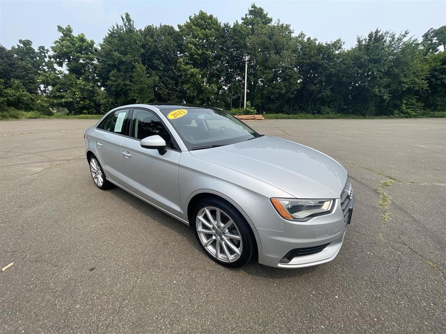 Used 2015 Audi A3 in Stratford, Connecticut | Wiz Leasing Inc. Stratford, Connecticut