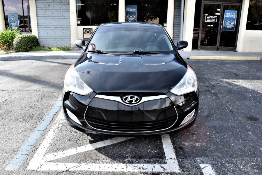 Used Hyundai Veloster 3dr Cpe Auto w/Red Int 2012   Rahib Motors. Winter Park, Florida