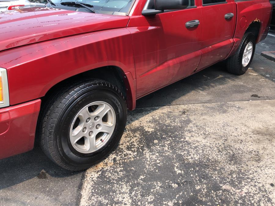 Used Dodge Dakota 4dr Quad Cab 131 4WD SLT 2006   Champion Auto Sales Of The Bronx. Bronx, New York