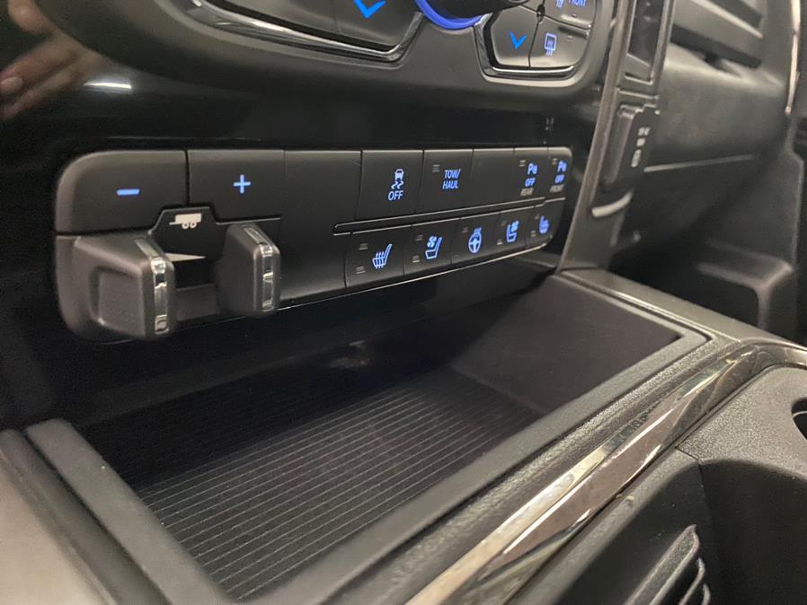 "Used Ram 1500 Sport 4x4 Crew Cab 5''7"" Box 2017 | POWER MOTORS EAST. Massapequa Park, New York"