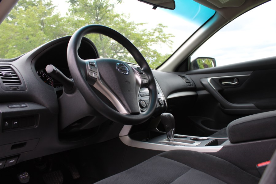 2015 Nissan Altima 4dr Sdn I4 2.5 S, available for sale in Great Neck, NY