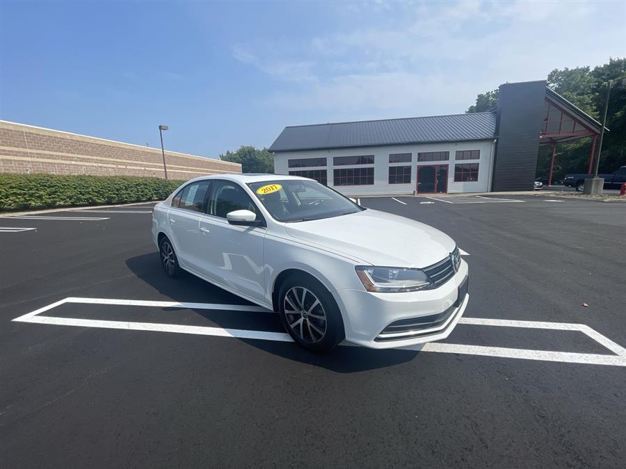 Used 2017 Volkswagen Jetta in Stratford, Connecticut | Wiz Leasing Inc. Stratford, Connecticut