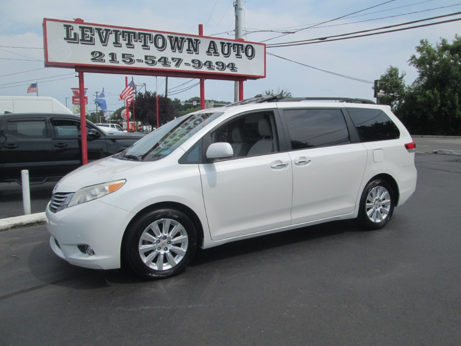 Used 2011 Toyota Sienna in Levittown, Pennsylvania | Levittown Auto. Levittown, Pennsylvania