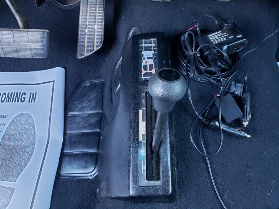 "Used Chevrolet C/K 1500 Sport Reg Cab Sportside 117.5"" WB 4WD BYP 1993 | ODA Auto Precision LLC. Auburn, New Hampshire"