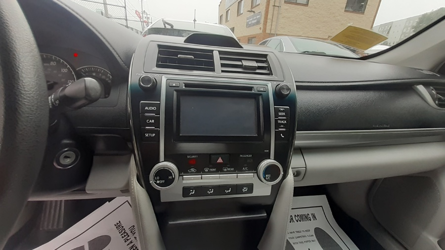 Used Toyota Camry 4dr Sdn I4 Auto LE (Natl) *Ltd Avail* 2014   Wonderland Auto. Revere, Massachusetts