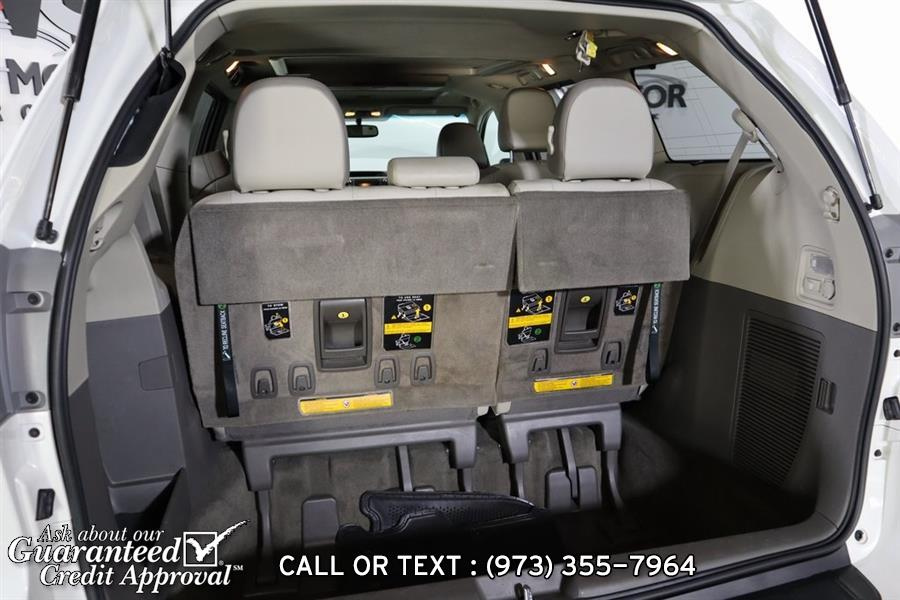 Used Toyota Sienna Limited 2011 | City Motor Group Inc.. Haskell, New Jersey