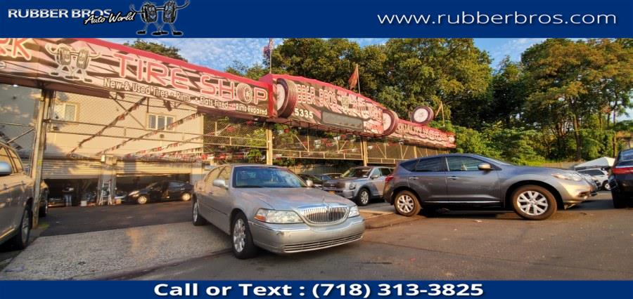Used Lincoln Town Car 4dr Sdn Signature Limited 2007 | Rubber Bros Auto World. Brooklyn, New York