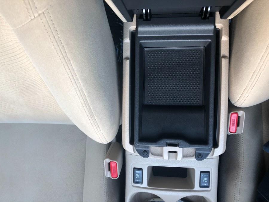 Used Nissan Rogue AWD 4dr SV 2016 | Bristol Auto Center LLC. Bristol, Connecticut