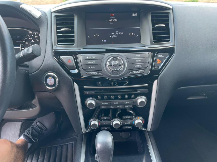 2017 Nissan Pathfinder 4x4 SV, available for sale in Brooklyn, NY