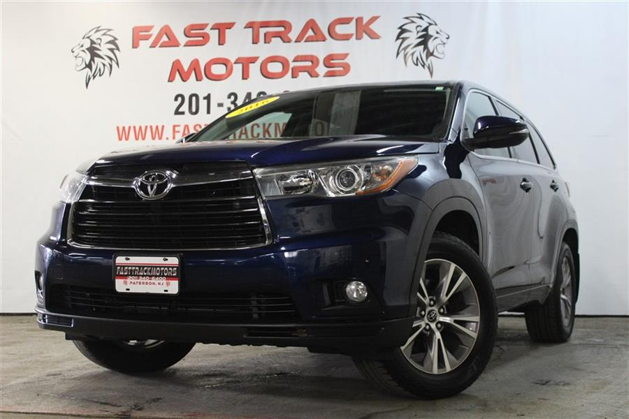 Used Toyota Highlander LE 2016   Fast Track Motors. Paterson, New Jersey