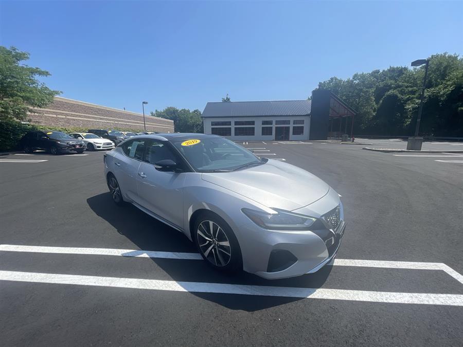 Used Nissan Maxima SV 3.5L 2019 | Wiz Leasing Inc. Stratford, Connecticut