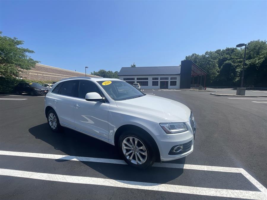 Used 2016 Audi Q5 in Stratford, Connecticut | Wiz Leasing Inc. Stratford, Connecticut