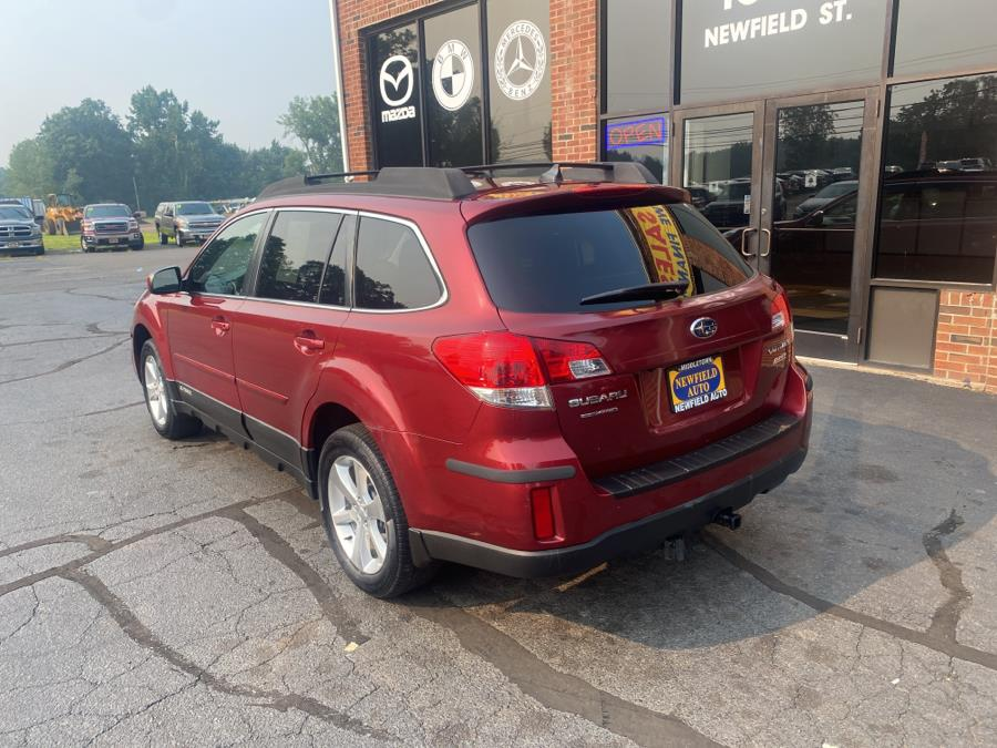 Used Subaru Outback 4dr Wgn H4 Auto 2.5i Limited 2013 | Newfield Auto Sales. Middletown, Connecticut